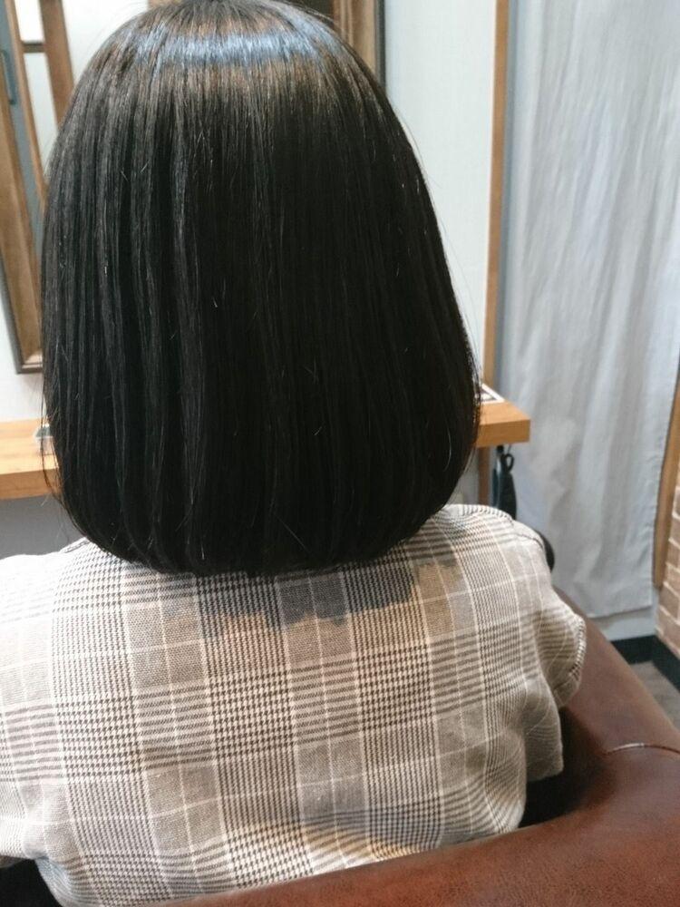 美髪効果抜群のなめらか内巻きスタイル