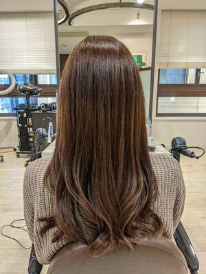 髪質改善 大人可愛い 毛先にゆるウェーブ ロングヘア アレンジも簡単
