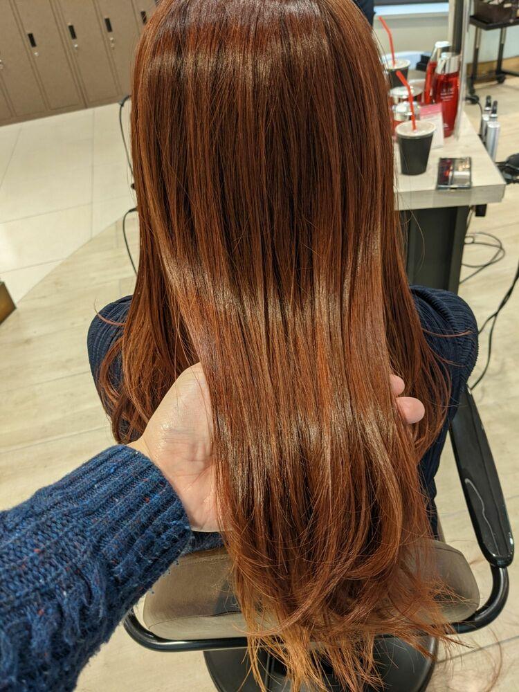 エックストリートメントで髪質改善 ダブルカラー ベリーピンク 毛先ワンカールで叶うサラツヤロングヘア