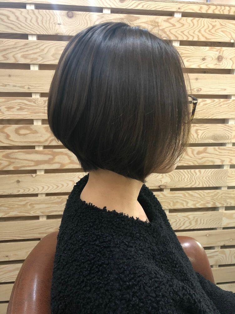 髪質改善で自然な艶髪ショート