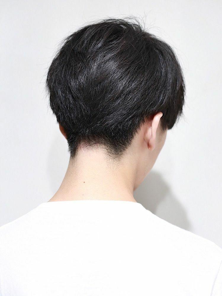 ツーブロック 刈り上げマッシュ 癖毛風パーマ ビジカジ ワイルド こちらの要素がつまったヘア!