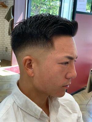 短髪スキンフェード