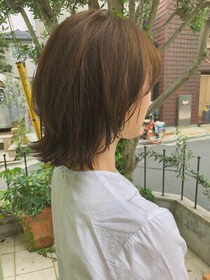 fiorista表参道駅徒歩3分クセ活かしの動きのあるスタイル