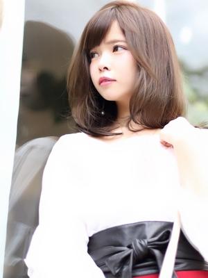 25歳からのネイビーカラー /美髪/フレンチボブ/マニッシュ