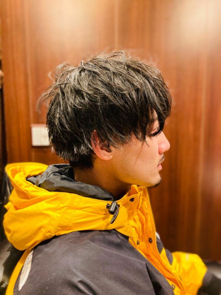 大人気イケメンミディアムスタイル!田町/ヒロ銀座/ミディアム/重め/前髪あり/ツーブロック/ブラック