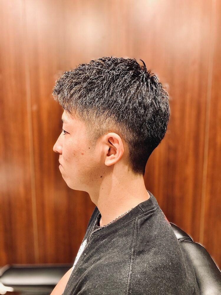 〈清潔感溢れる短髪スタイル!!〉
