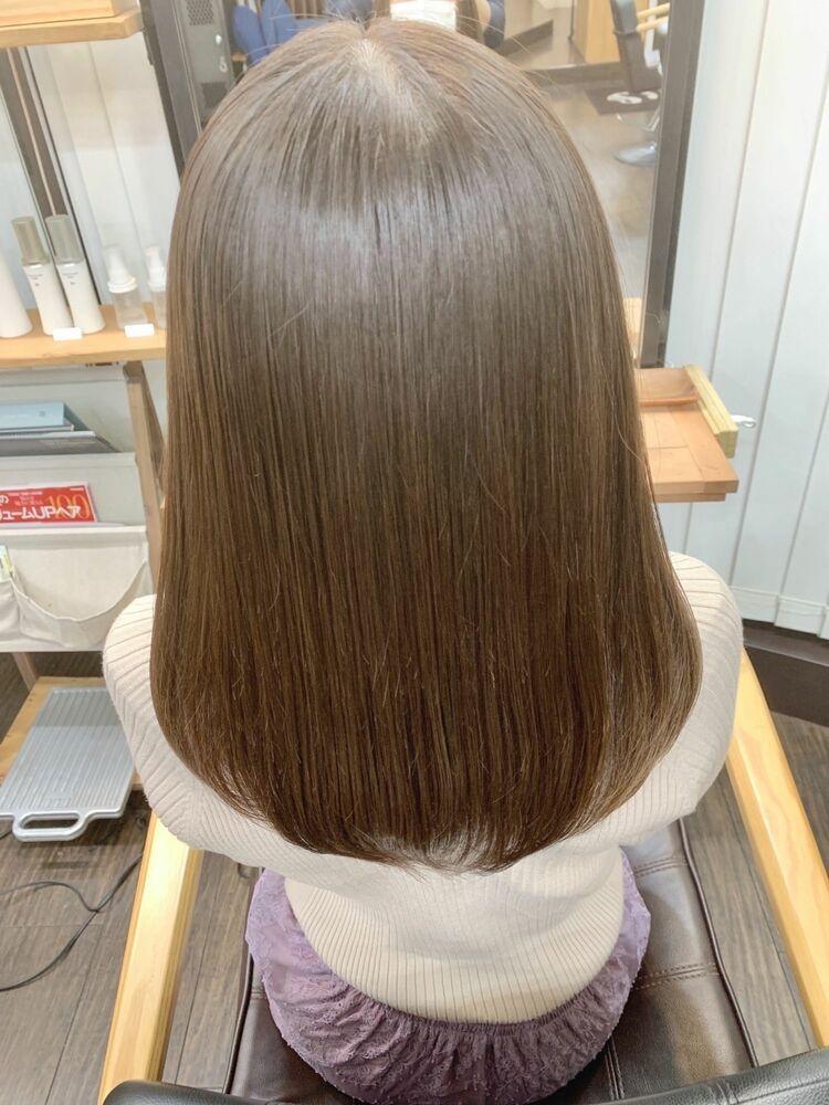 髪質改善でサラツヤストレートヘア
