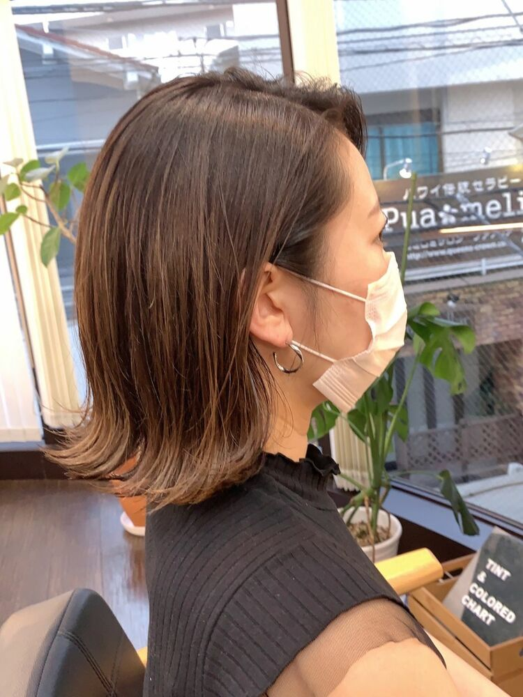 シンプルな外ハネで大人っぽナチュラルヘア