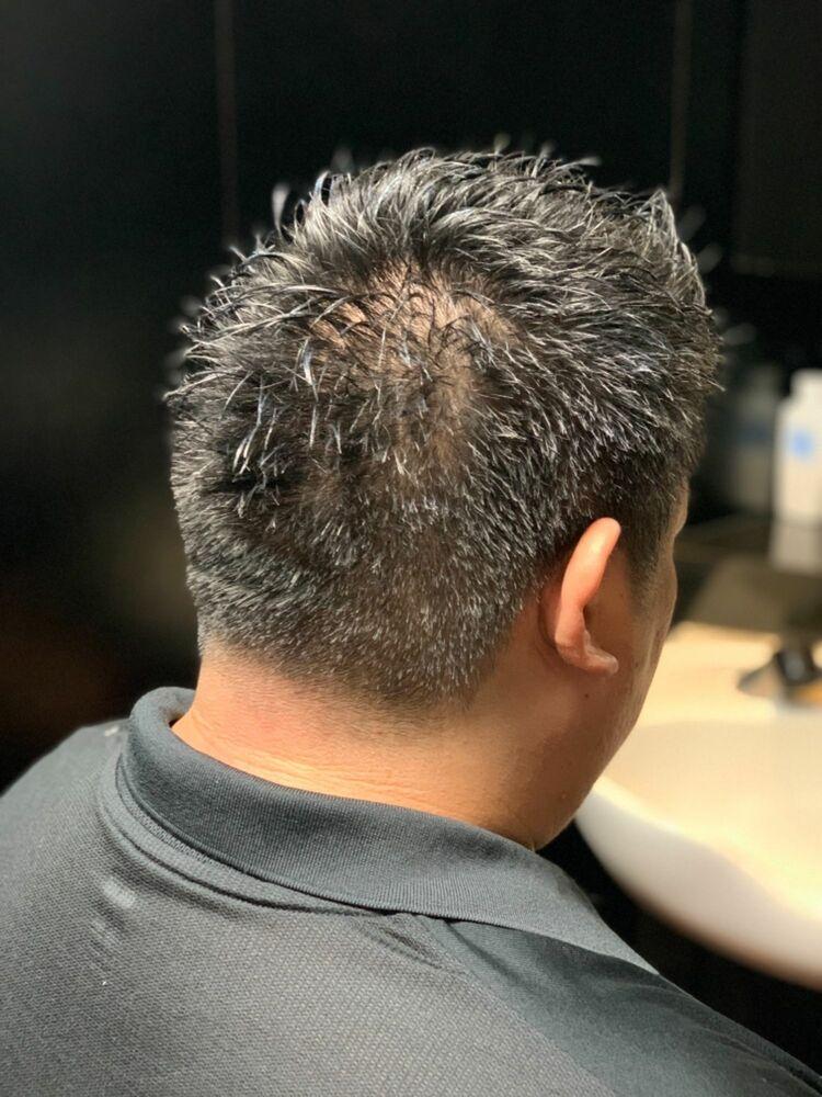 髪型で男の印象は180°変わります‼️刈り上げ過ぎない!でもサッパリしたい人は僕に任せて下さい‼️