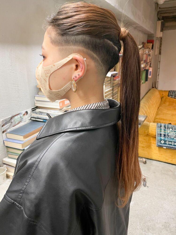 スキンフェード女子 刈り上げ女子ツーブロック ラインアート