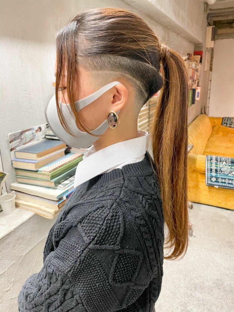 スキンフェード女子 刈り上げ女子 ツーブロック ラインアート