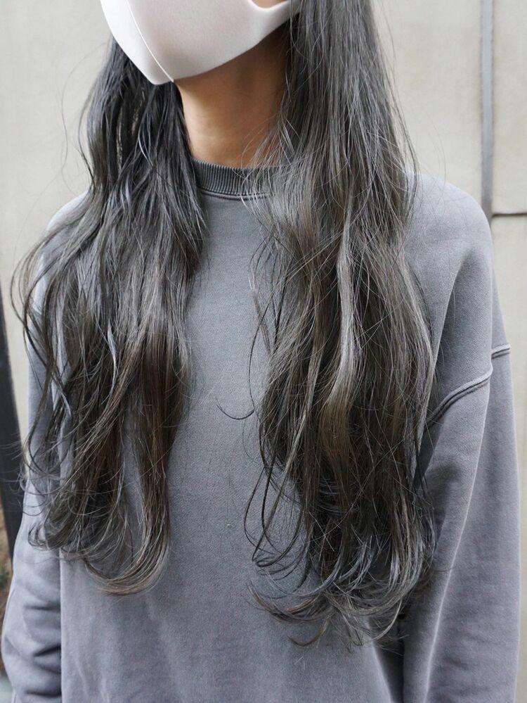 暗髪ロングくすみカラー