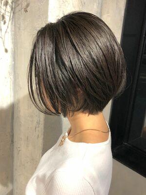 長さがあるショート。毛先ををナチュラルに。