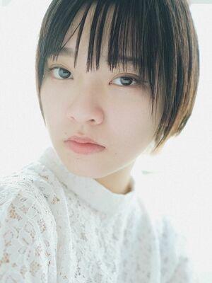 ストレートヘアで艶髪&小顔に 大人可愛いショートボブ 青山 外苑前 駅近美容室 ELENA