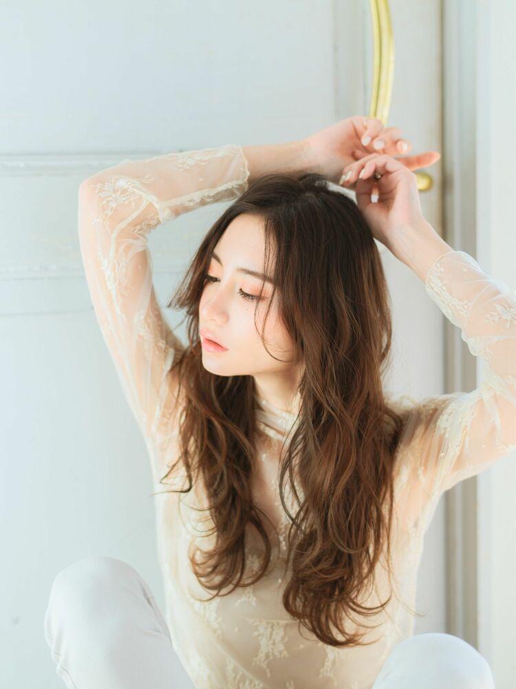 ゆるふわ巻き髪スタイル