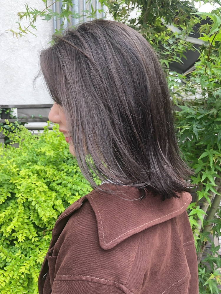 『assort tokyo 』ワンカラーでつくる透け感グレージュ 表参道駅徒歩15分外苑前駅徒歩3分