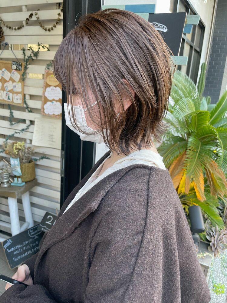 ひし形くびれヘア20.30.40代人気☆外ハネ切りっぱなしミディアムレイヤーカット