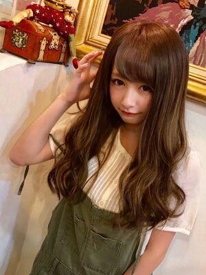 シールエクステ 80枚9990円〜 渋谷のヘアサロン YUHOUSE