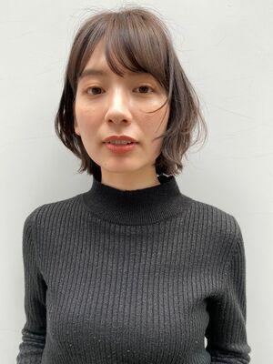 新宿駅直結徒歩5分の美容室joemi by unami  オシャレmove切りっぱなしボブ 近江