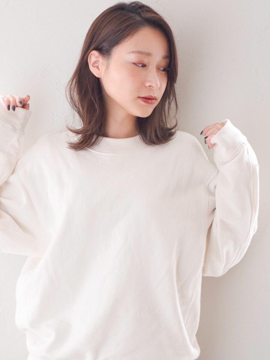 駅から直結徒歩5分の美容室joemi by unami透け感カラーと切りっぱなしボブディ