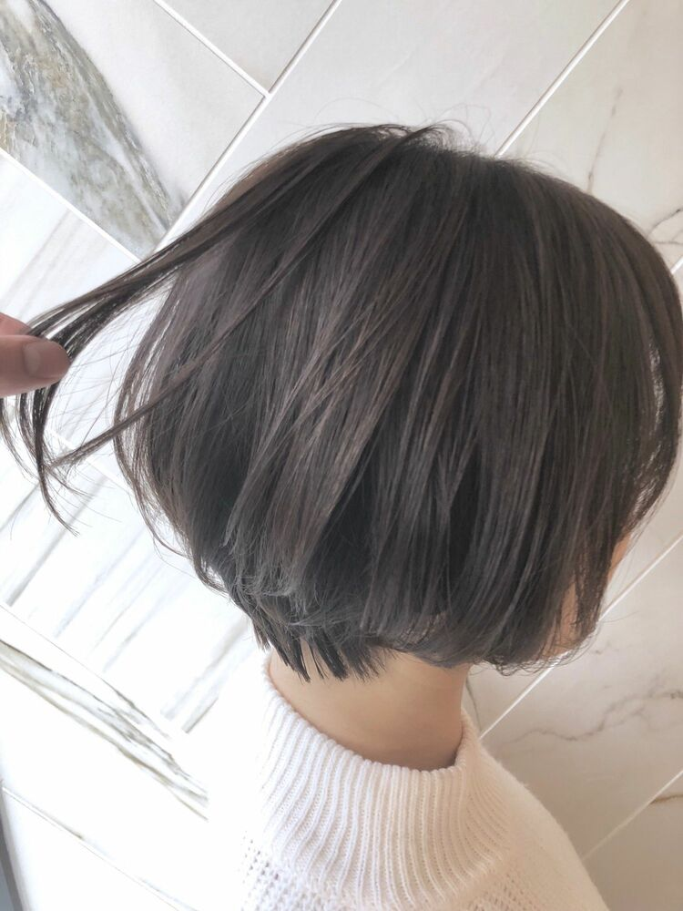 パールグレージュ×ショートボブ☆Zina CENTRAL石井