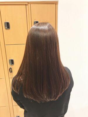 素髪の様なツヤツヤ復元カラー