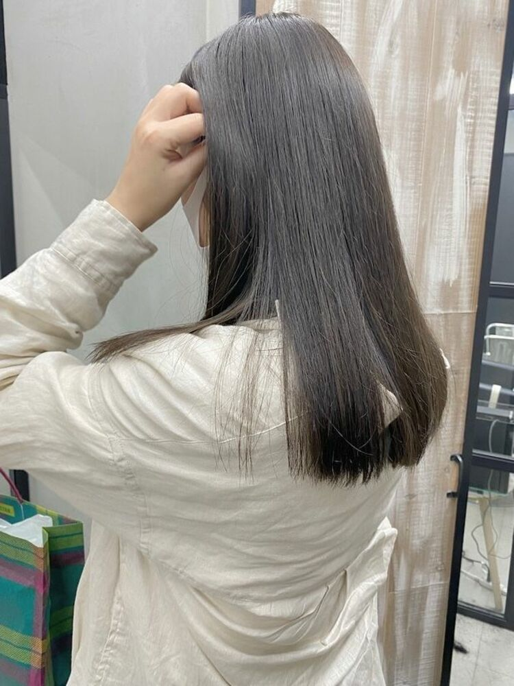 サラサラ髪💫アッシュグレージュ\instgram@mi060208