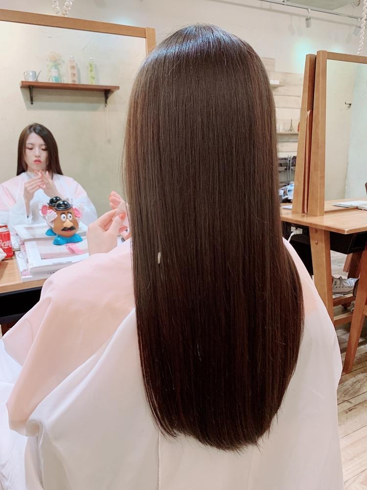今話題 髪質改善トリートメントで艶髪女子