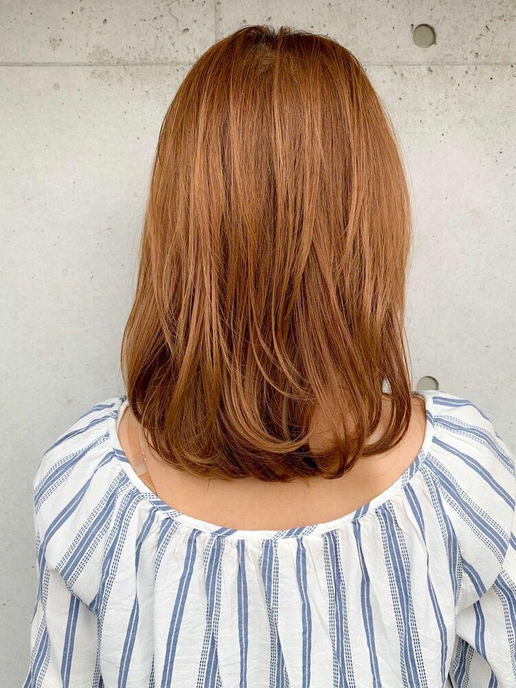 2020春夏おすすめのミディアムスタイル☆レイヤーで小顔効果◎大人に似合うナチュラルな斜め前髪