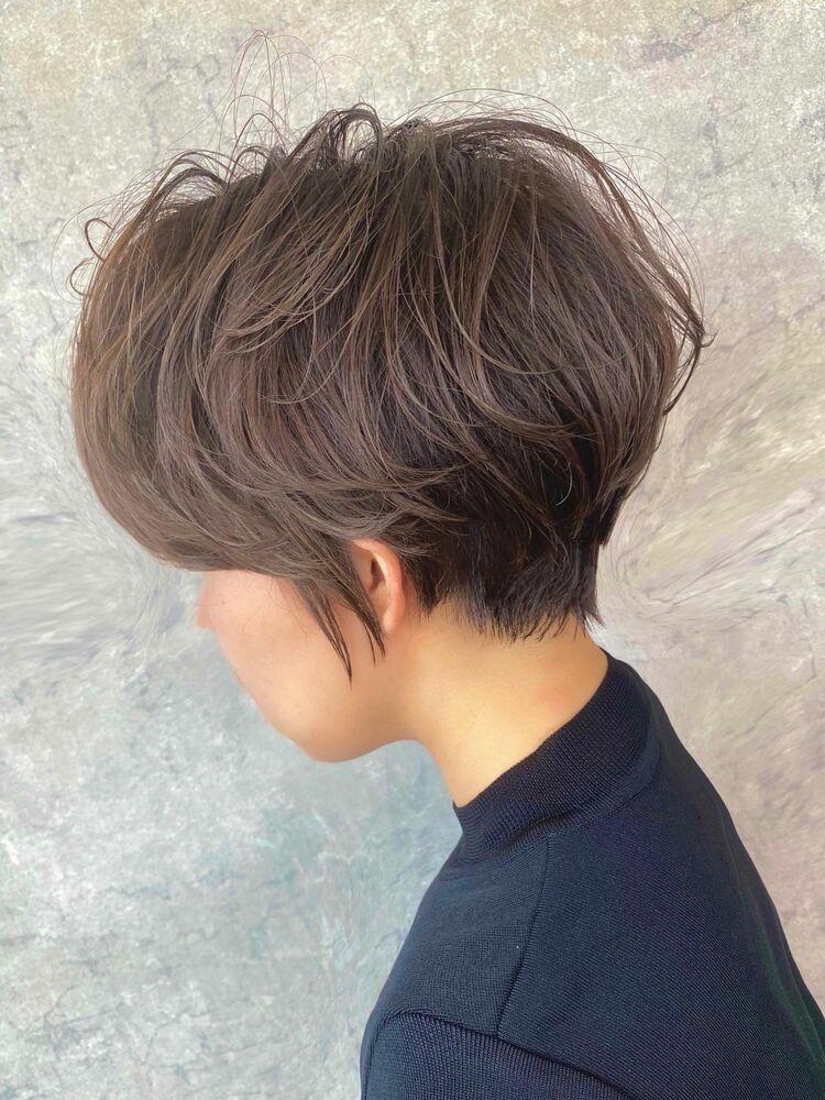 スッキリしたい・動きが欲しい・軽くしたい方におすのショートヘア