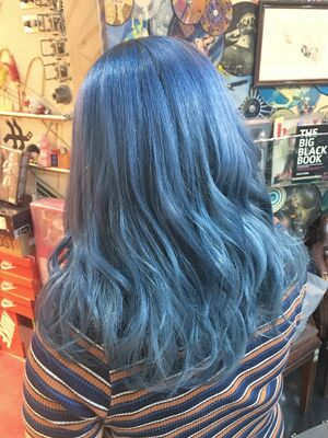 色落ちもキレイなブルーアッシュ☆