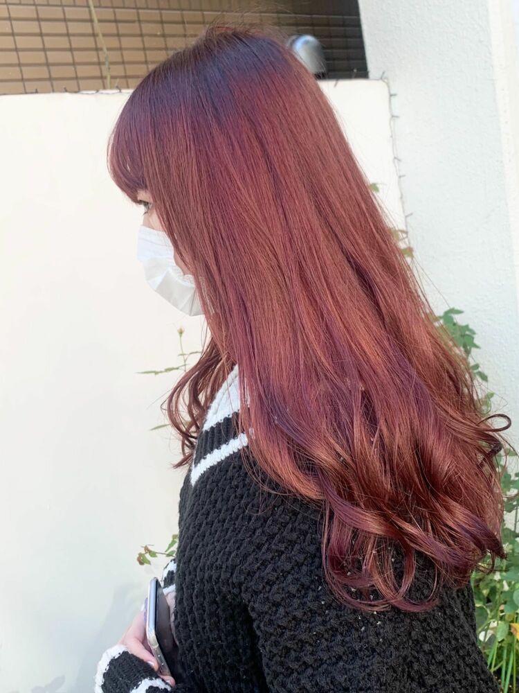 ロング×レッド系カラーのミックス巻きヘア