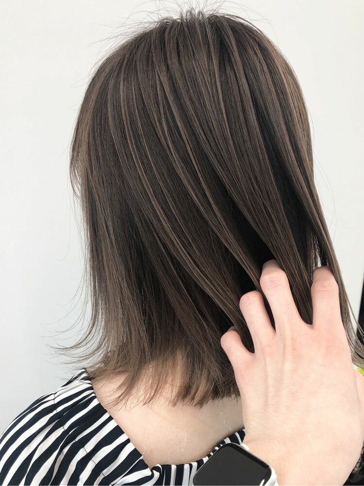 大人気の美髪カラー♪透明度たっぷりのグレージュカラー