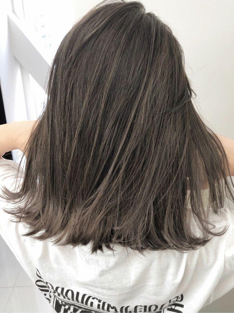 外国人風ベージュカラー×ミディアムヘア