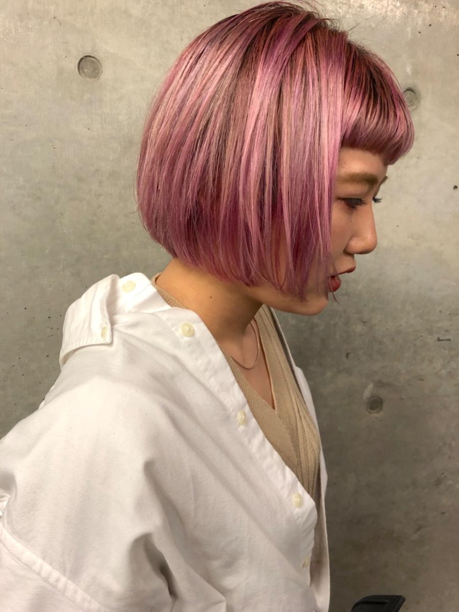 assort tokyo ショートボブスタイル ブリーチカラー