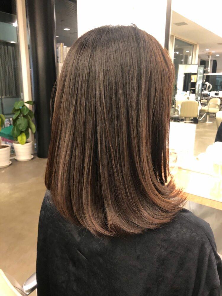 髪質改善とストレートパーマのコンビネーションで作る縛れる長さのヘアスタイル