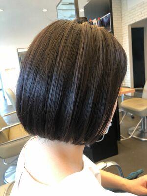 髪質改善してスッキリグラデーションボブ