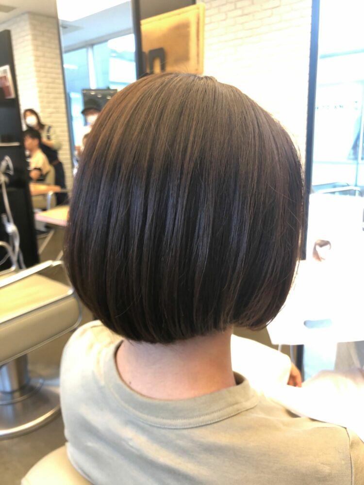 えり足スッキリボブは秋冬のあり対策に抜群なヘアスタイル