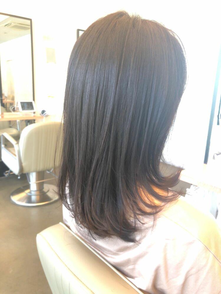 複合化トリートメントで髪質改善40代でも女性らしいふんわりヘアスタイル