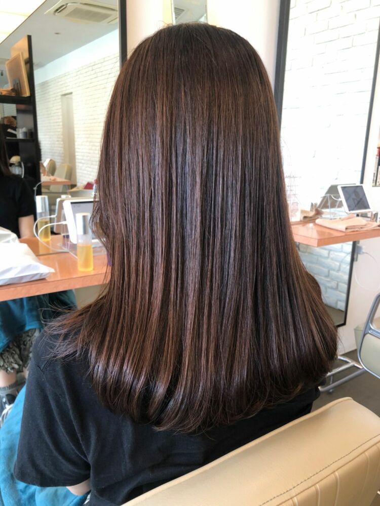 髪質改善で40代でも美しいロングスタイルを楽しむ