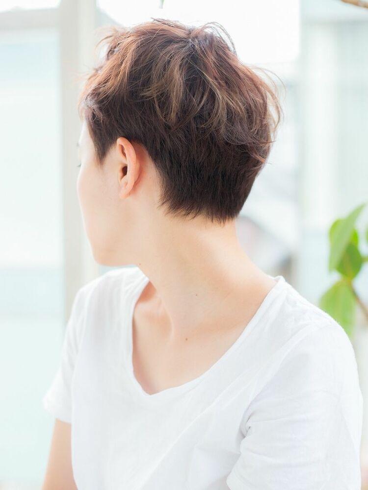 ショートスタイルはカットが決めて髪を切って気分転換しませんか?