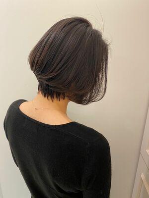 骨格補正もできちゃう、ひし形シルエットで小顔効果抜群の素敵ハンサムショートヘア