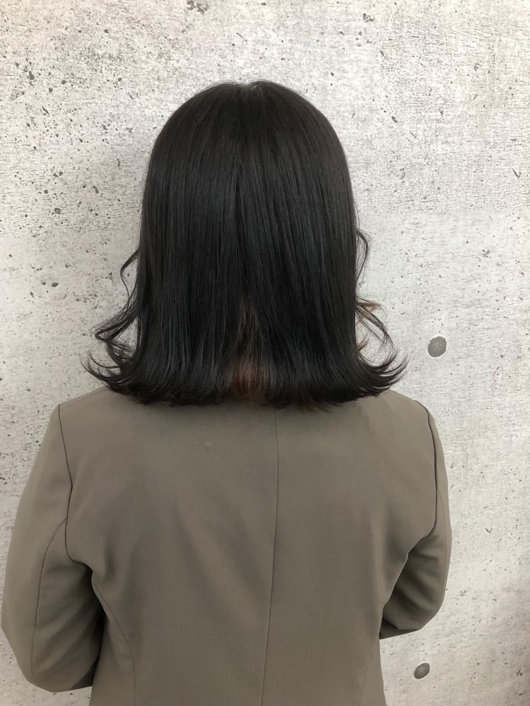 韓国ヘア×ブルーブラック×インナーベージュ