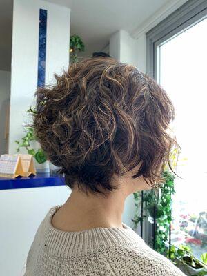 くせ毛を活かすヘアスタイル