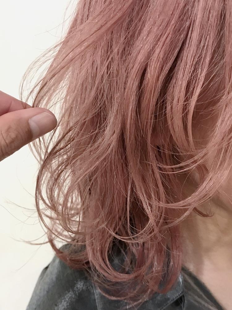 うすピンク×レイヤーカット