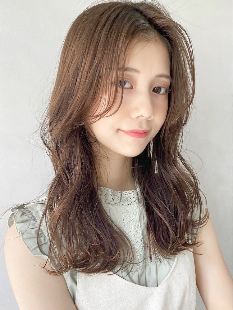 kyli表参道 かきあげ前髪パーマスタイル