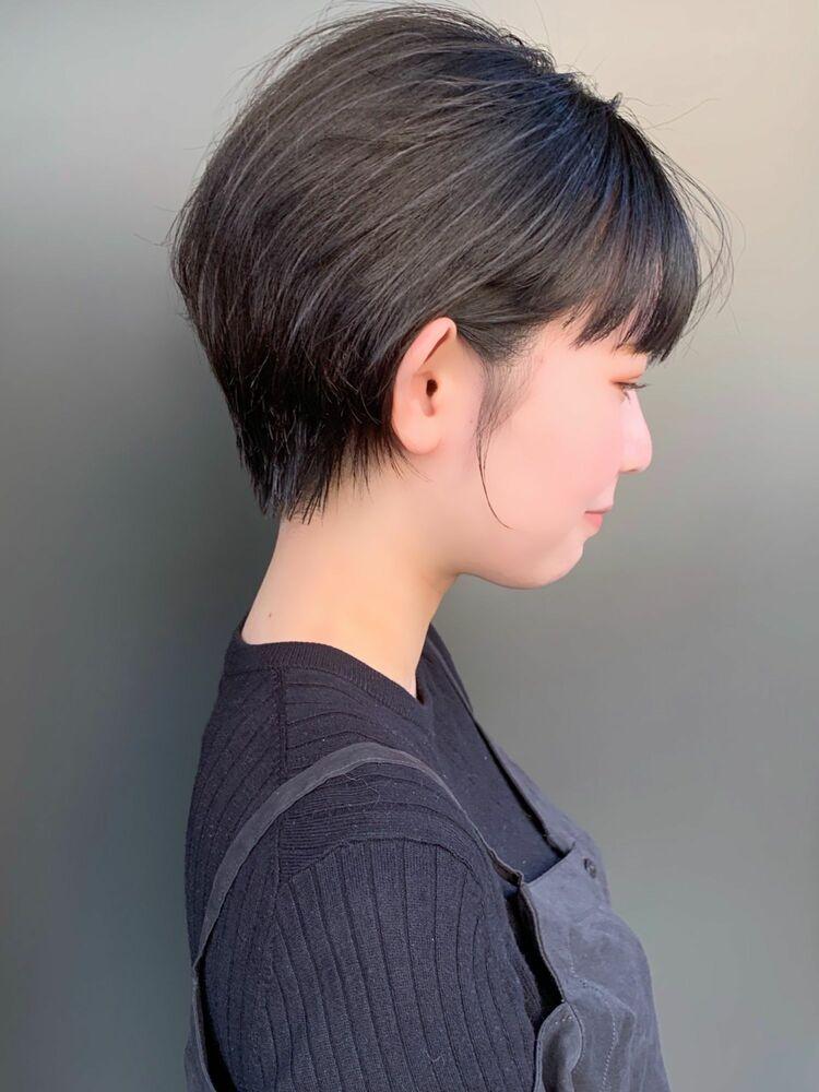 黒髪ショート