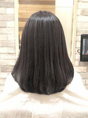 天使の輪が出来る髪質改善ストレート