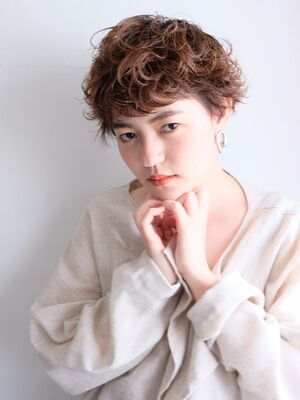 《ささきまさき》『髪質改善カット』×ナチュラルブラウン×クセ毛風パーマ