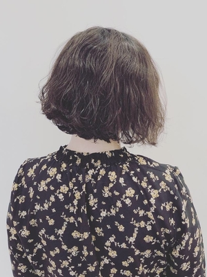 「軟毛×多毛」くせ毛ショートボブ